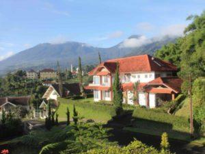 villa buena vista at puncak pass tempat wisata yang menyajikan rh villadipuncak anyerpedia com