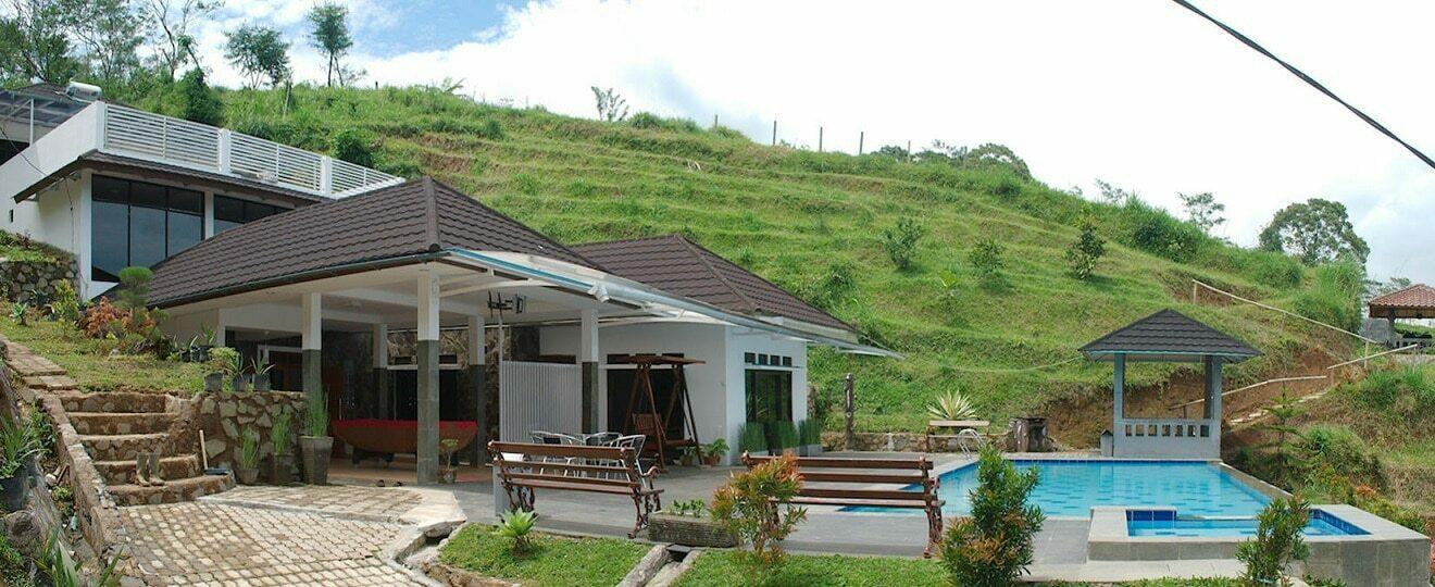 villa tania kolam renang pribadi dengan panorama alam puncak yang rh villadipuncak anyerpedia com